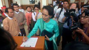 Aung San Suu Kyi kann nicht Präsidentin werden