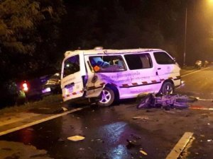 Trang: 4 Tote Rettungssanitäter bei Unfall mit Pickup