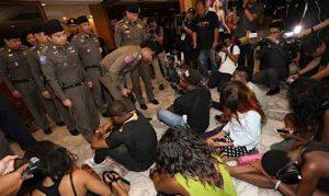 Bangkok: Grossrazzia gegen ausländische Kriminelle im Nana-Viertel  Bangkok: Grossrazzia gegen ausländische Kriminelle im Nana-Viertel
