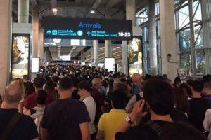 Nun auch lange Warteschlangen am Suvarnabhumi Airport