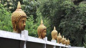 Chiang Mai: Thais beschwerten sich über 33 Buddhaköpfe auf der Mauer