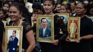 250.000 Menschen zur Einäscherung von König Bhumibol erwartet