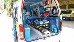 Krankenwagen mit Doraemon-Figuren soll Patienten die Angst nehmen