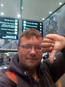 """Benjamin Holst - """"meist gehasster Deutscher"""" - wurde Flug nach Bangkok verwehrt"""