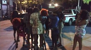 Pattaya: bei weiteren Razzien 12 Frauen aus Uganda festgenommen