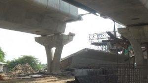 Chai Nat: Brücke über den Chao Phraya stürzt vor Fertigstellung ein