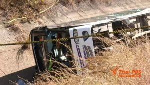 Chiang Mai: Bus stürzte in einen Ringkanal - 14 Verletzte