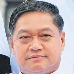 Verteidigungsminister Sukumpol Suwanatat
