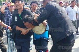 anti-regierungsdemonstranten-enttarnen-rothemden-provokateur