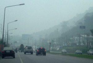 smog-fuehrt-zu-verspaetungen-im-flugverkehr-phuket-thailand-main_image