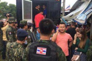 PHUKET-Sicherheitskraefte-sprengen-ueberfuelltes-Kasino-auf-Phuket