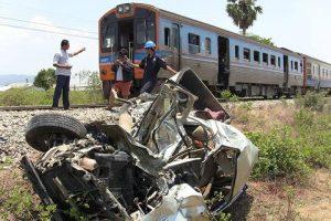 4-Personen-bei-Unfall-mit-Personenzug-getoetet_02
