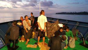 BKK-Dutzende-Kambodschaner-von-thailaendischem-Fischerboot-befreit