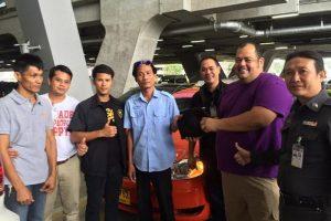 14_Millionen-Baht-ehrlicher-Taxifahrer