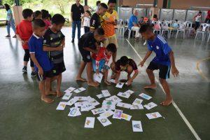 ea3spendenuebergabe-waisenhaus-easy-abc-sprachschule-pattaya-thailand-3